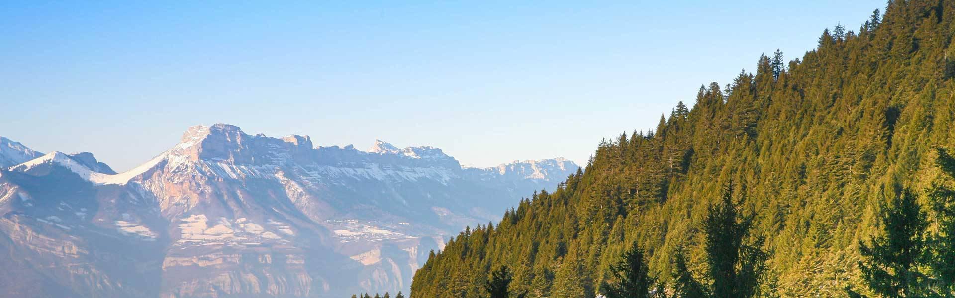 vue sur les montagnes du massif de belledonne